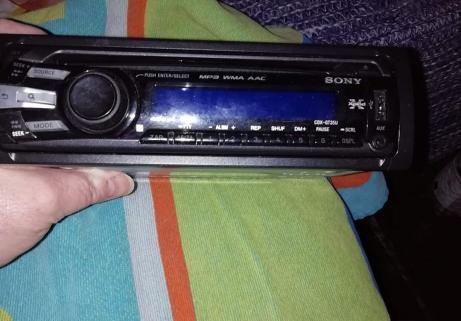 Auto radio sony 3