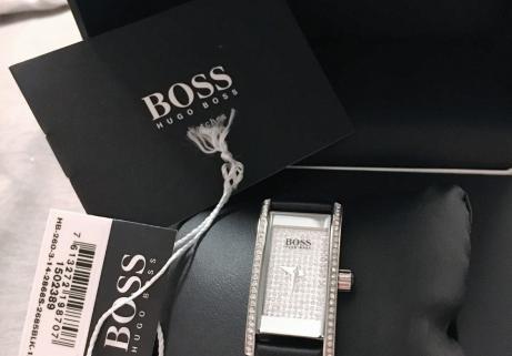 Montre dame Hugo Boss neuve 1