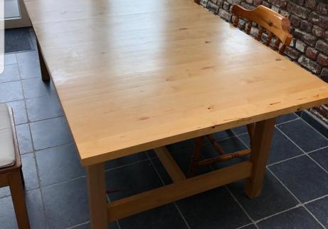 Table en bois 1