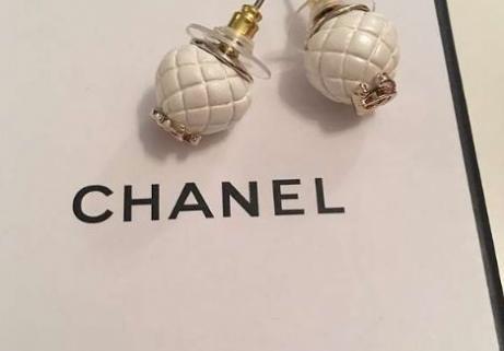 Chanel Boucle d'oreilles 1
