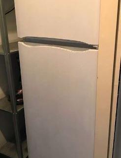 frigo Indesit + congélateur 4