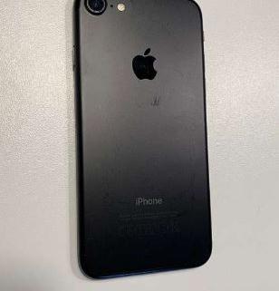 iPhone 7 128 Go + accessoires 4