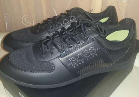 BOSS  Chaussures taille 45 1