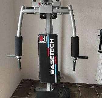 Station de musculation avec poids 1