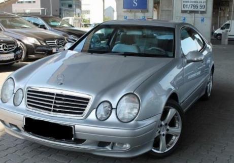 Mercedes-Benz CLK 200 1