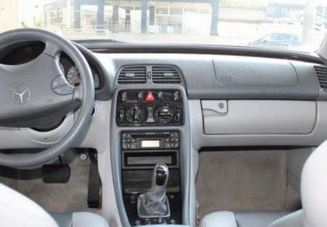 Mercedes-Benz CLK 200 4