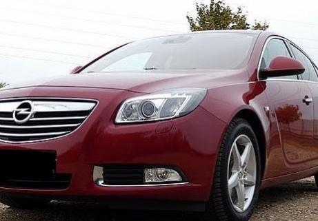Opel Insignia 2.0 Turbo essence 1