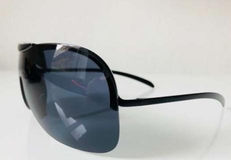 CHANEL lunettes de soleil Ray-Ban 3