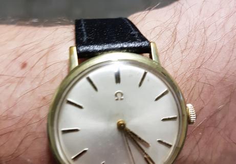 Montre Omega classic vintage 2