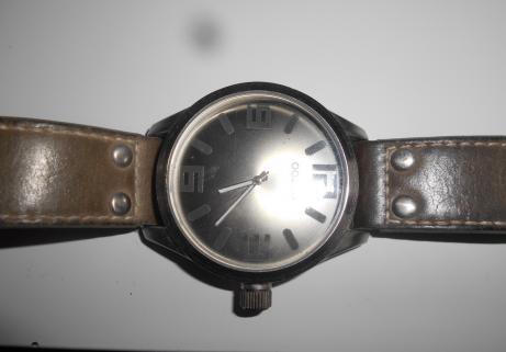 montre 00X00 3