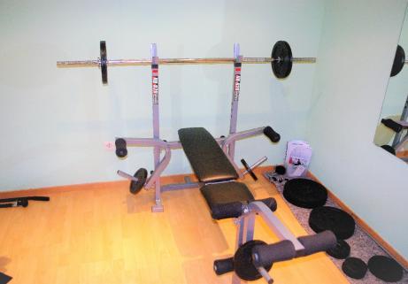 Banc de musculation Nordic Fitness NB-820 + accessoires 1