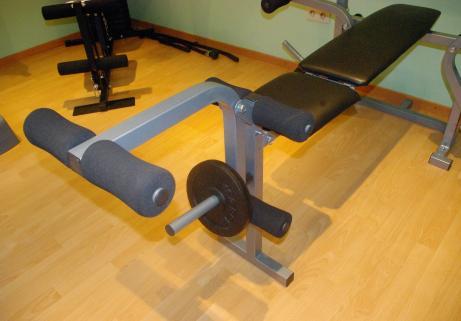 Banc de musculation Nordic Fitness NB-820 + accessoires 3