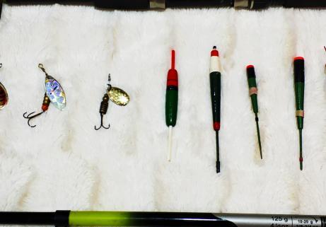 Lot matériel de pêche 5