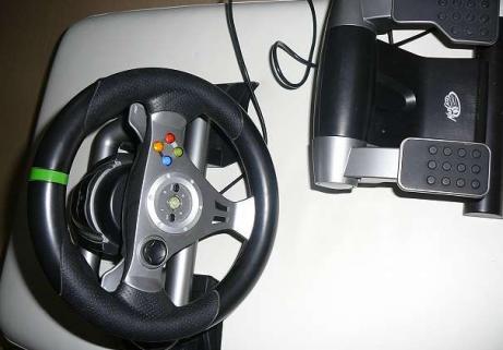 Volant Xbox 360 avec pédales 1
