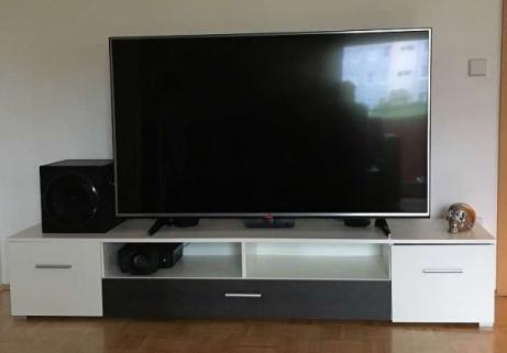 """Lg TV 60"""" UHD 1"""