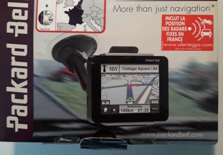 GPS Garmin  Compasseo 400 1