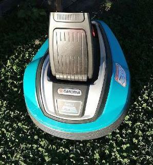 Gardena Li 45 robot de pelouse 1