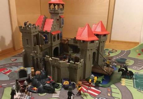 Château de chevaliers Playmobil 2