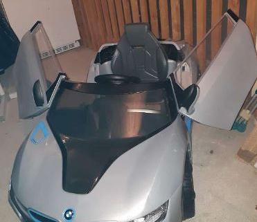 voiture électrique BMW i8 1