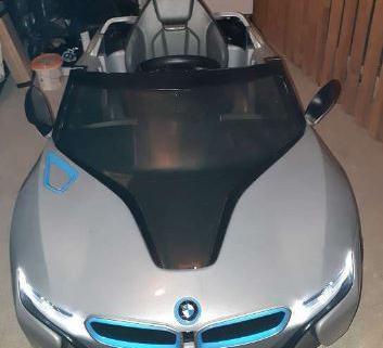voiture électrique BMW i8 2