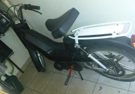 Cyclomoteur 1