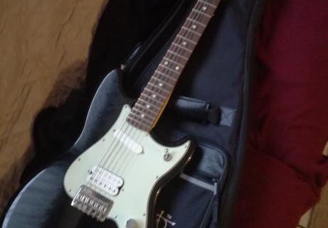 Fender duosonic hs black 4