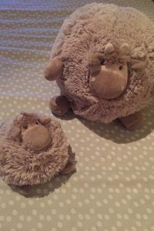 Mouton petit et grand quaxet tour de lit quax réversible avec hochet