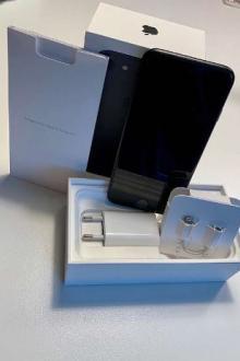 iPhone 7 128 Go + accessoires