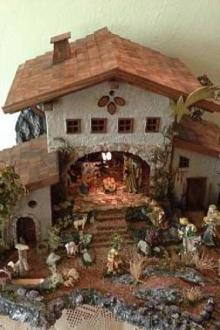 Crèche construite à la main