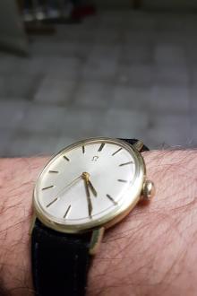 Montre Omega classic vintage