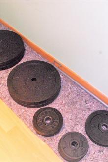 Set de disques de musculation en fonte Marcy 85 kg