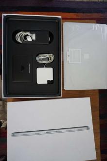 MacBook Pro 15 pouces, 2,3 GHz i7 256 Go (Retina, fin 2012) en boîte d'origine, état neuf.