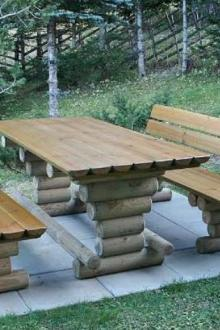 Bancs + table